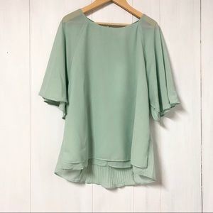 NWT Vero Moda Mint Flowy Blouse w Pleated Back